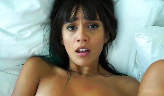 dzhenis-griffit-porno-video-onlayn-video-mamochki